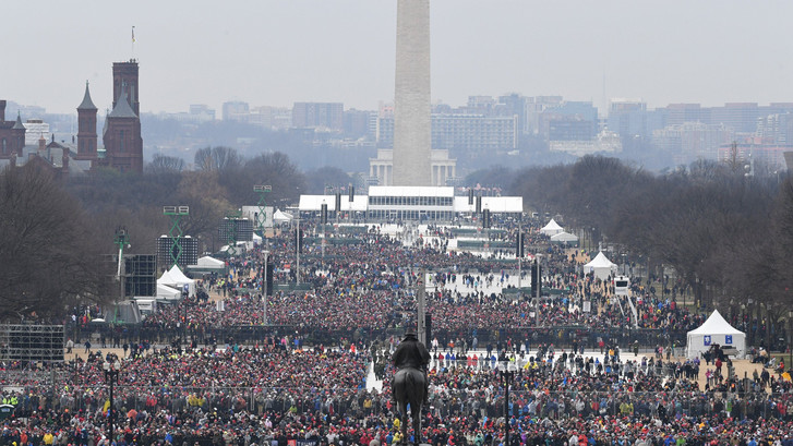 Witte Huis opent op dag 2 de aanval op de media: 'schandalig'
