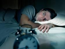 Bewezen: piekeren door werk doet slechter slapen