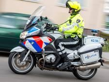 Agent breekt pink bij achtervolging verdachte op scooter