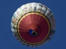 Ballonvaarder zwaargewond tijdens vlucht over woestijn van Dubai