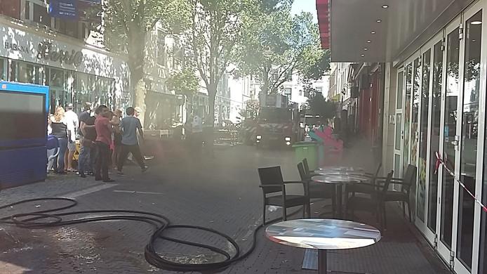 Veel rook bij brand in Pauwstraat Arnhem.