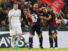 Tien man AC Milan onderuit bij Genoa