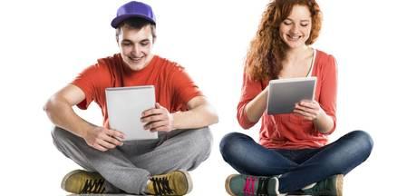 RIVM waarschuwt voor te lang zitten: jongeren spannen de kroon