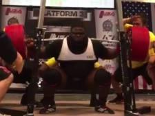 Wereldrecord: spierbundel squat met ruim 450 kilo