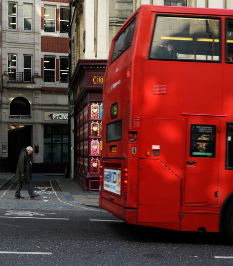 Twee arrestaties na vondst dode baby in Londense bus