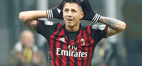 Lapadula bevrijdt AC Milan kort voor tijd