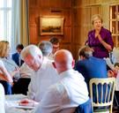 Premier May legt kaarten op tafel: na de brexit zo dicht mogelijk bij de EU blijven