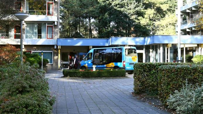 Het busje van lijn 6.