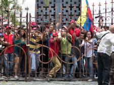 Oppositie beschuldigt president Venezuela van staatsgreep