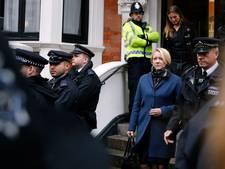 Assange verhoord op ambassade Ecuador over verkrachting