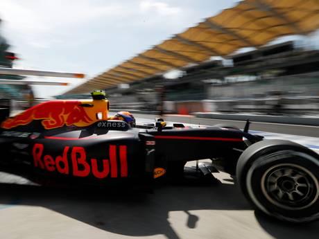 VIDEO: Jarige Verstappen zevende in eerste vrije training Maleisië
