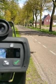 Te hard wegrijden bij alcoholcontrole kost jonge bestuurder rijbewijs
