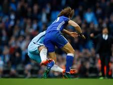 Agüero vier duels geschorst voor aanslag op Luiz