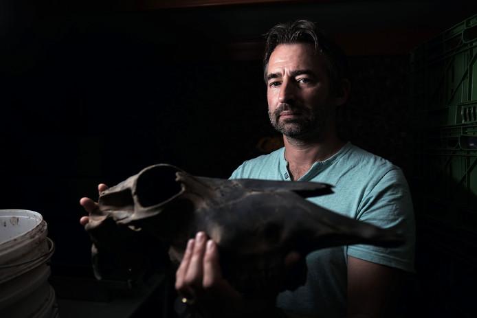 Directeur Willem-Simon van de Graaf van Archeodienst uit Zevenaar.