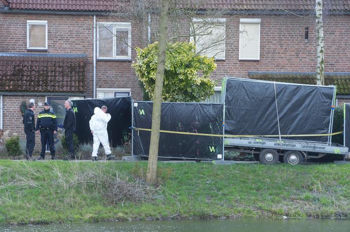 Onderzoek bij de woning in Beuningen in maart.