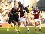 VIDEO: Blunders en botsingen in de Premier League