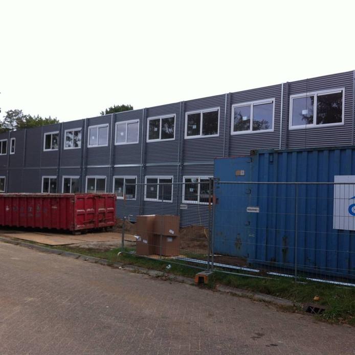 De bouw van het azc vordert snel. Foto: DG