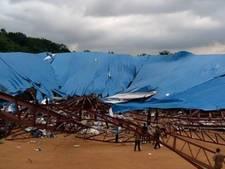 Volle kerk ingestort in Nigeria