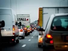 'Nederlandse wegen en ov naderen grenzen capaciteit'