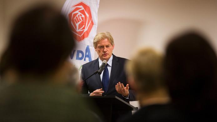 Staatssecretaris Martin van Rijn opeen bijeenkomst in Didam.