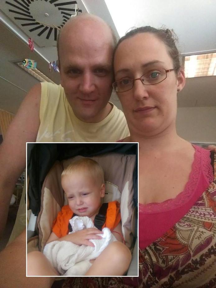 Roy Freriks en Wendy den Braben. Inzet: De zieke 2-jarige Chris.