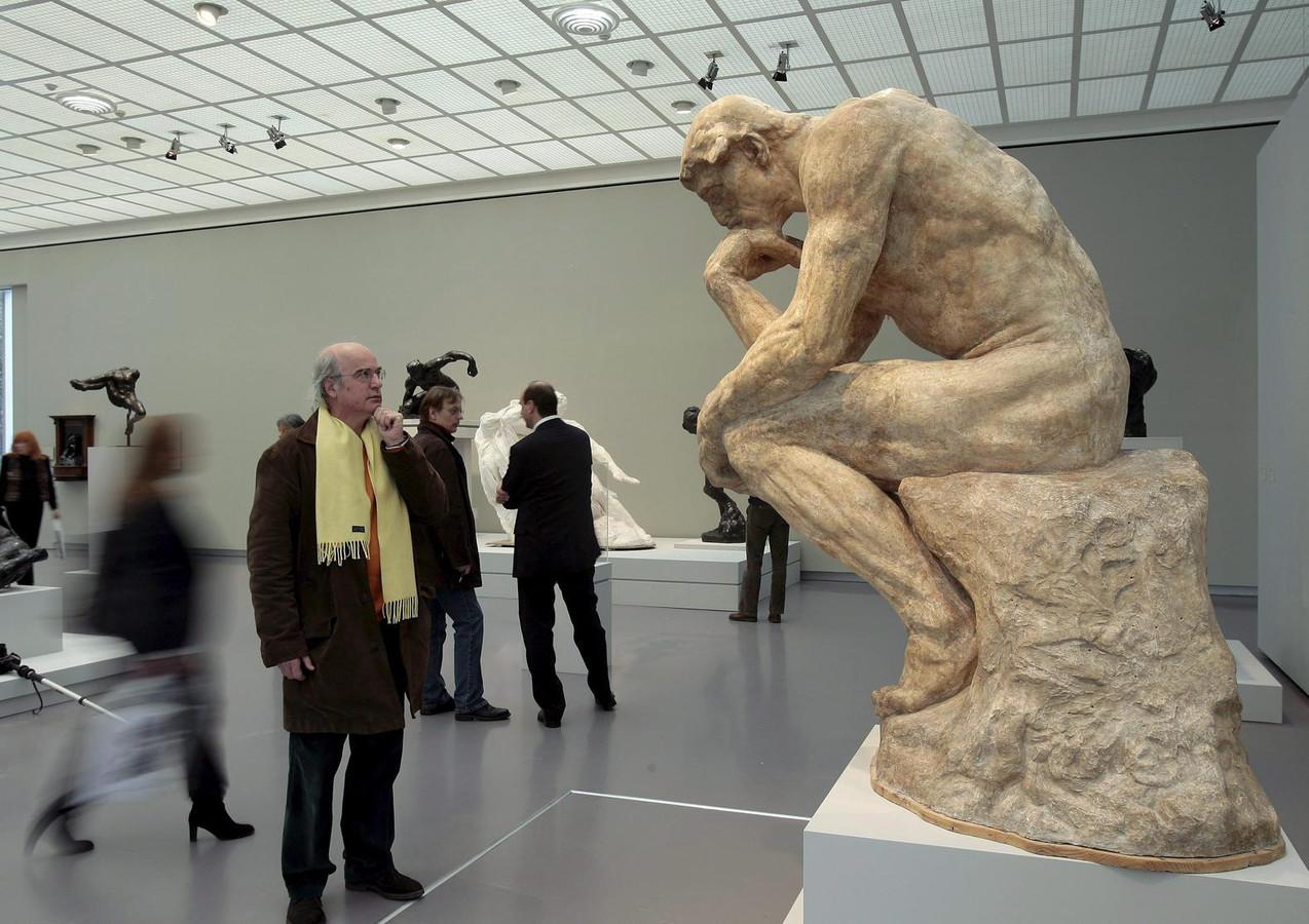 39 dichter bij de kunst van het beeldhouwen kom je niet 39 foto - Beeld het meisje van ...