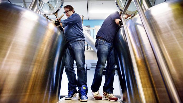 Na de zomer zullen in de Houthavens de eerste biertjes gebrouwen kunnen worden.