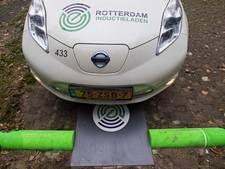 Rotterdam test draadloos opladen auto's