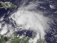 Orkaan Matthew afgezwakt op weg naar Jamaica