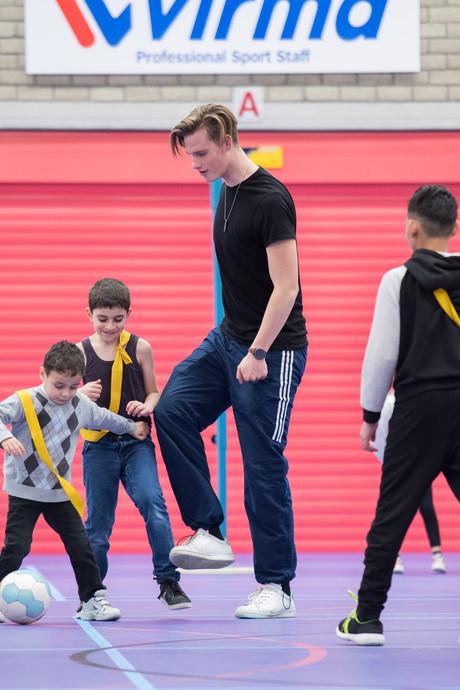 Arnhemse vluchtelingenkinderen genieten van sportdag