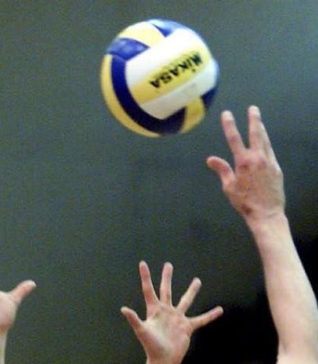 Volt neemt Hands Up onder handen