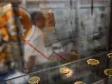 Bitcoin krijgt vleugels door economische onzekerheid