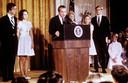 Nixon nadat hij zijn aftreden bekend maakte.