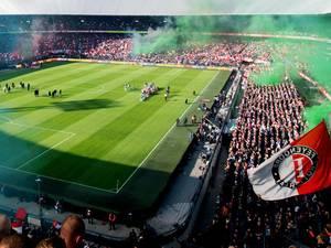 Ajax heeft niet de luxe van Feyenoord