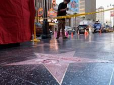 'Bouwvakker' vernielt Trumps ster op Walk of Fame