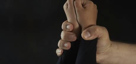 Mook en Middelaar eist maatwerk na mishandelingen