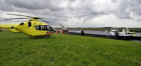 Paraglider neergestort in weiland in Zeewolde