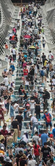 Hoogste brug ter wereld bijna afgerond