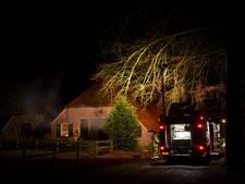 Brandweer rukt uit voor brand in oude boerderij