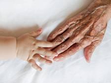 Bijzonder: Vera (96) is overoverovergrootmoeder