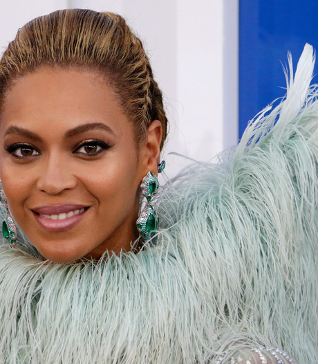 Beyoncé verbreekt VMA-record