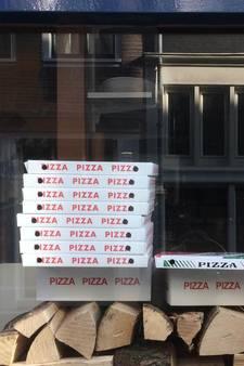 Pizzabezorger beroofd van geld en telefoon
