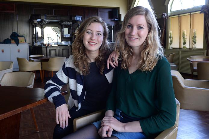 Loes en Renée Wijnhoven van popduo Clean Pete zijn fanatieke Vierdaagselopers.