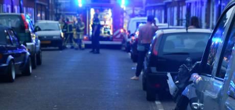 Brandweer beschadigt drie auto's onderweg naar woningbrand in Enschede