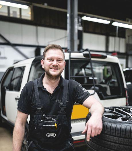 Automonteur René: 'Als ik merk dat een van de jongens een slechte dag heeft, controleer ik de auto extra'