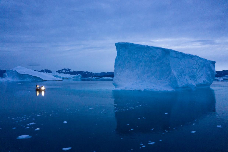 Een ijsberg bijGroenland. Klimaatproblemen zijn een reden voor pessimisme, weet Wim van Vlastuin: 'De wereld zit vol met spanning en stress en ik verwacht dat dat intenser zal worden'.