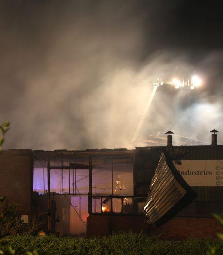 Weer grote brand bij ijzergieterij Neede