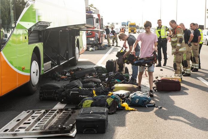Veel spullen in het bagageruim waren waardeloos na de brand.