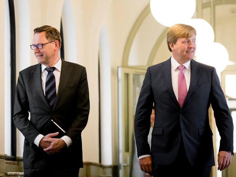 Hans Mommaas met koning Willem-Alexander Beeld null