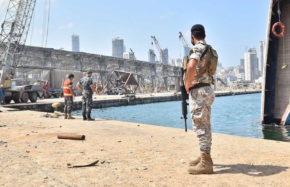 Libanese soldaten in de haven van Beiroet.